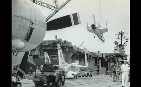 04_Intrepid-Vietnam-War_V1_460x285